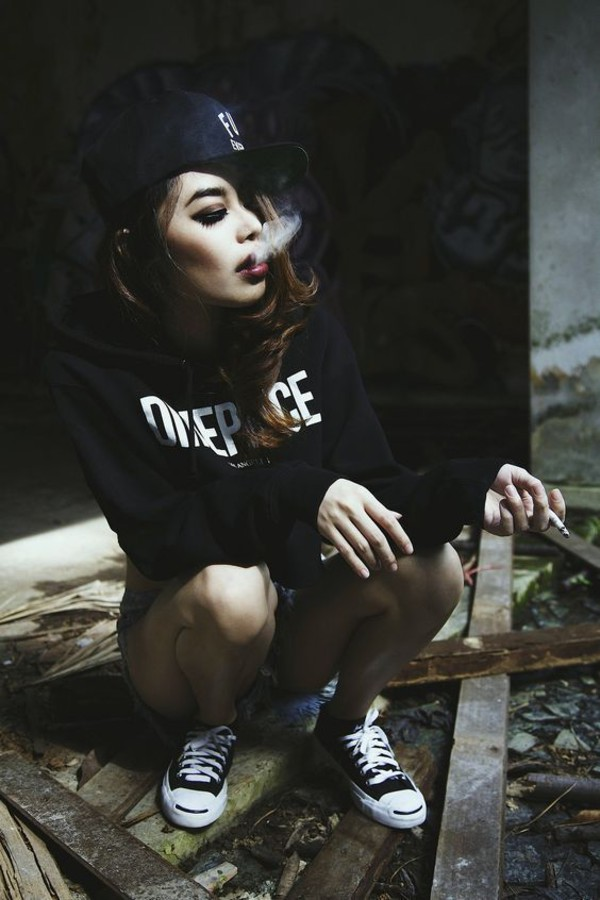Boy Smoking Wallpapers Quotes Sweater Black White Urban Street Style Cool Hipster