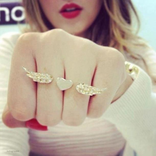 Simple Pakistani Girl Wallpaper Jewels Heart Wings Fingers Gold Cute Girly Double
