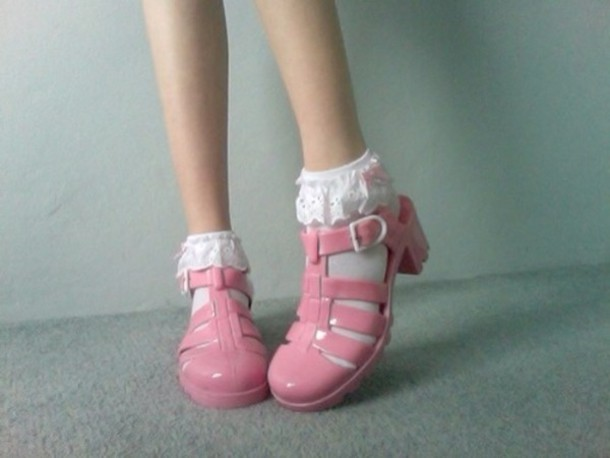 Cute Pink Wallpaper 1980 Shoes Pink Sandals Socks And Sandals Jellies Jewels