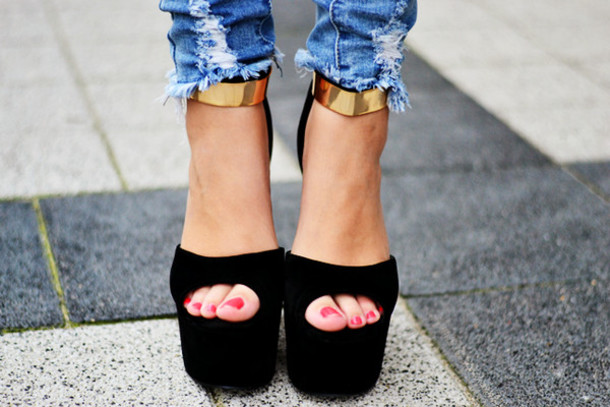 Shoes Heels Toestrap Open Toes High Heels Goldstrap