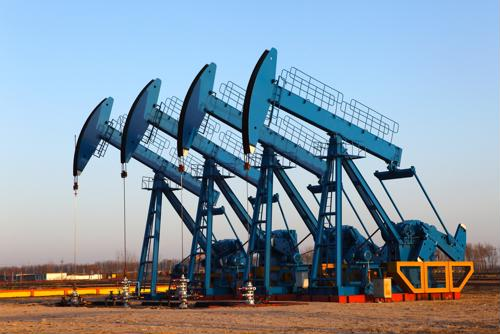 Strong job growth and competitive pay for petroleum engineers