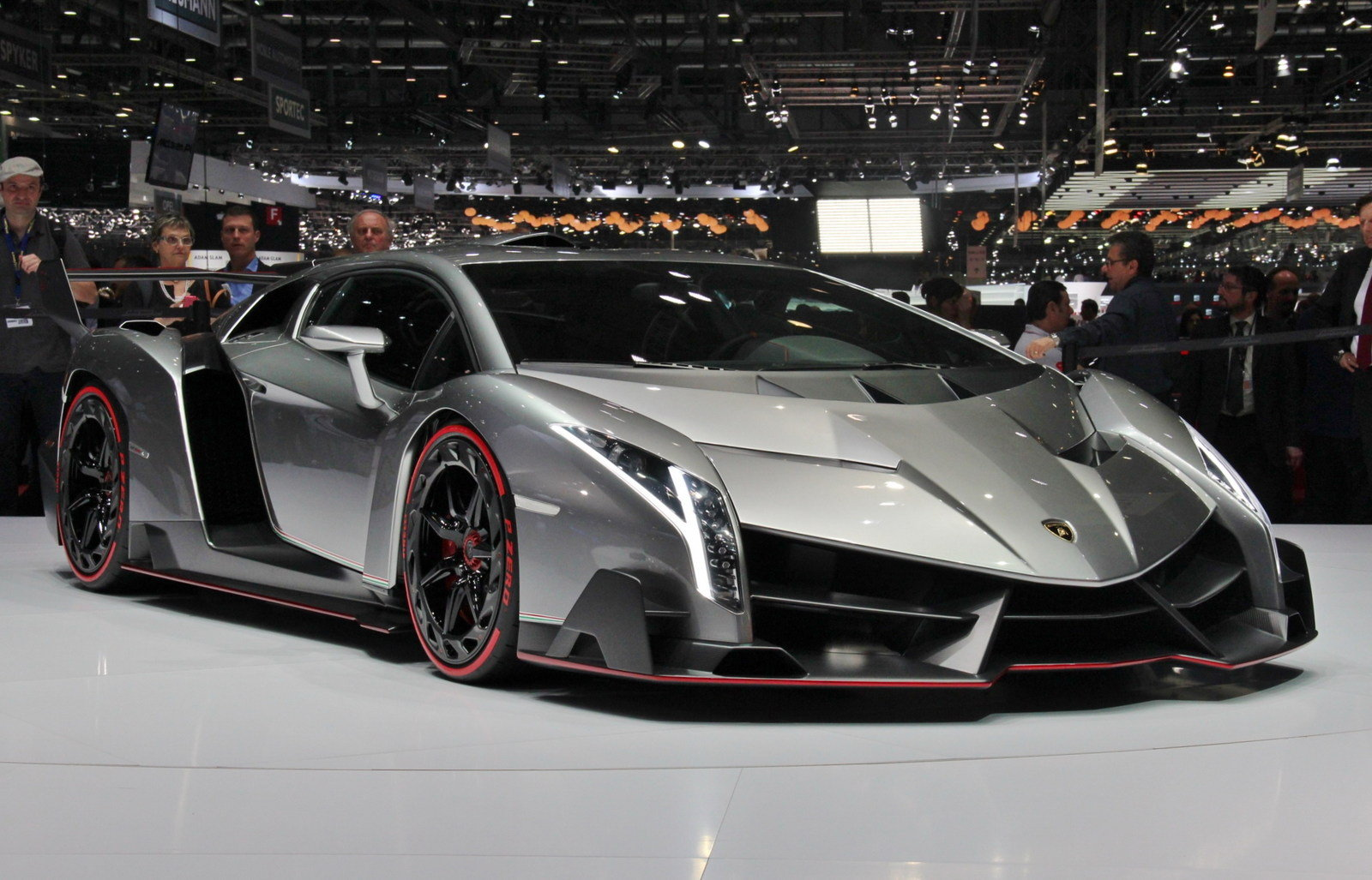 Lamborghini Egoista Hd Wallpapers 1080p Lamborghini Egoista Side