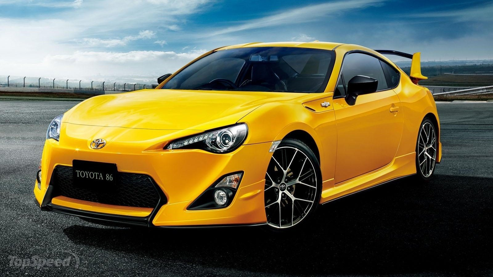 2015 Toyota 86 Yellow Limited Top Speed