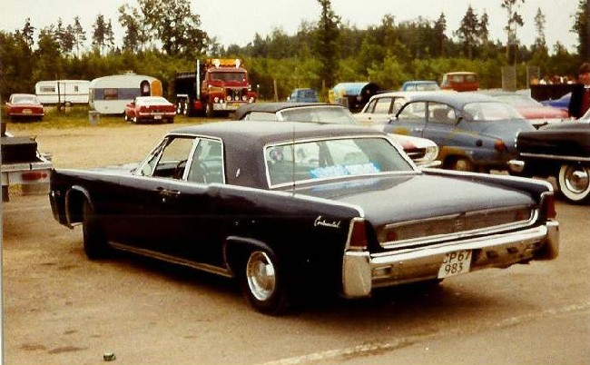 1961 Lincoln Continental Top Speed