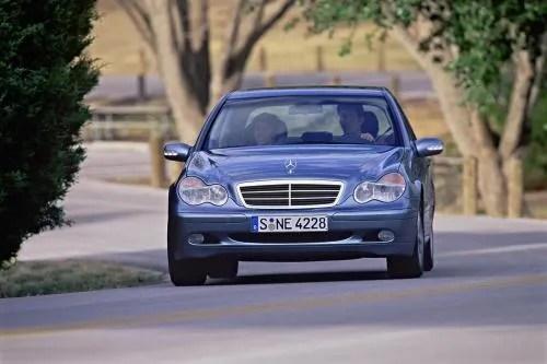 2000 - 2006 Mercedes C-Class Top Speed