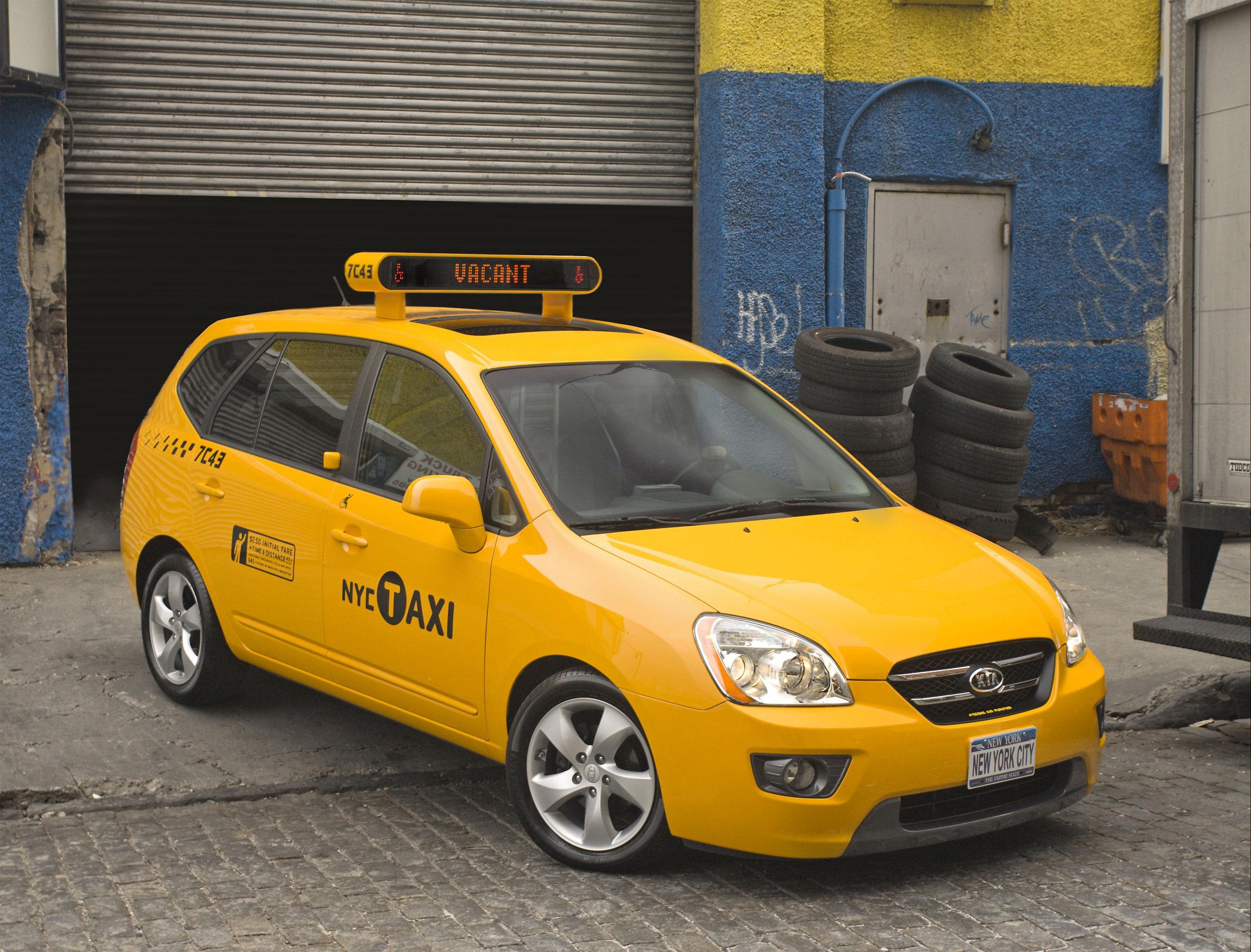 Auto Kia 2007 Kia Rondo Taxi Cab | Top Speed