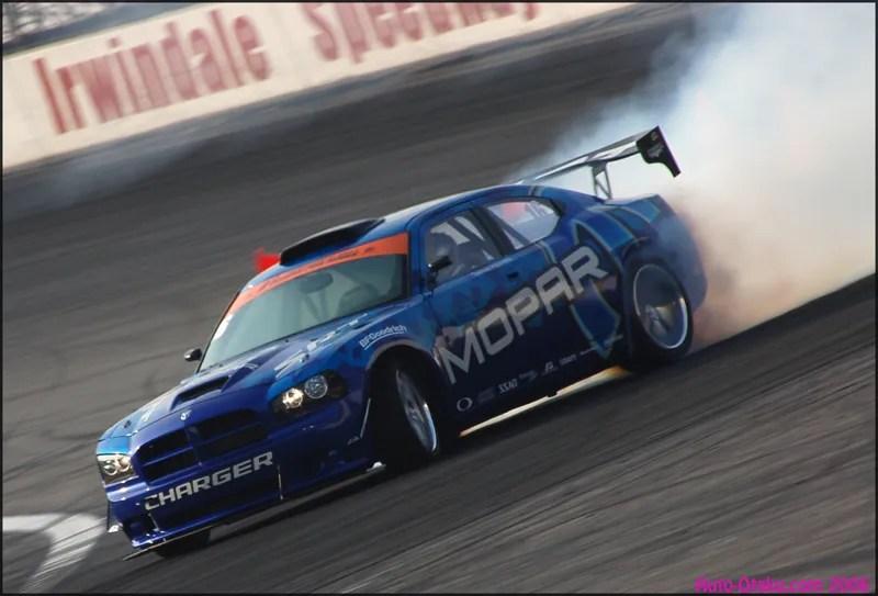 Www Racing Car Wallpaper Com 2007 Dodge Charger By Team Mopar S Drift Top Speed