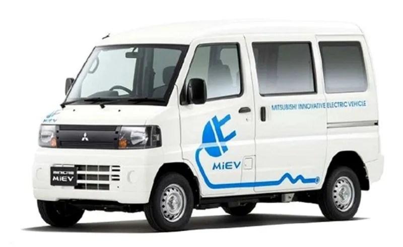 2011 Mitsubishi MINICAB MiEV Van Top Speed