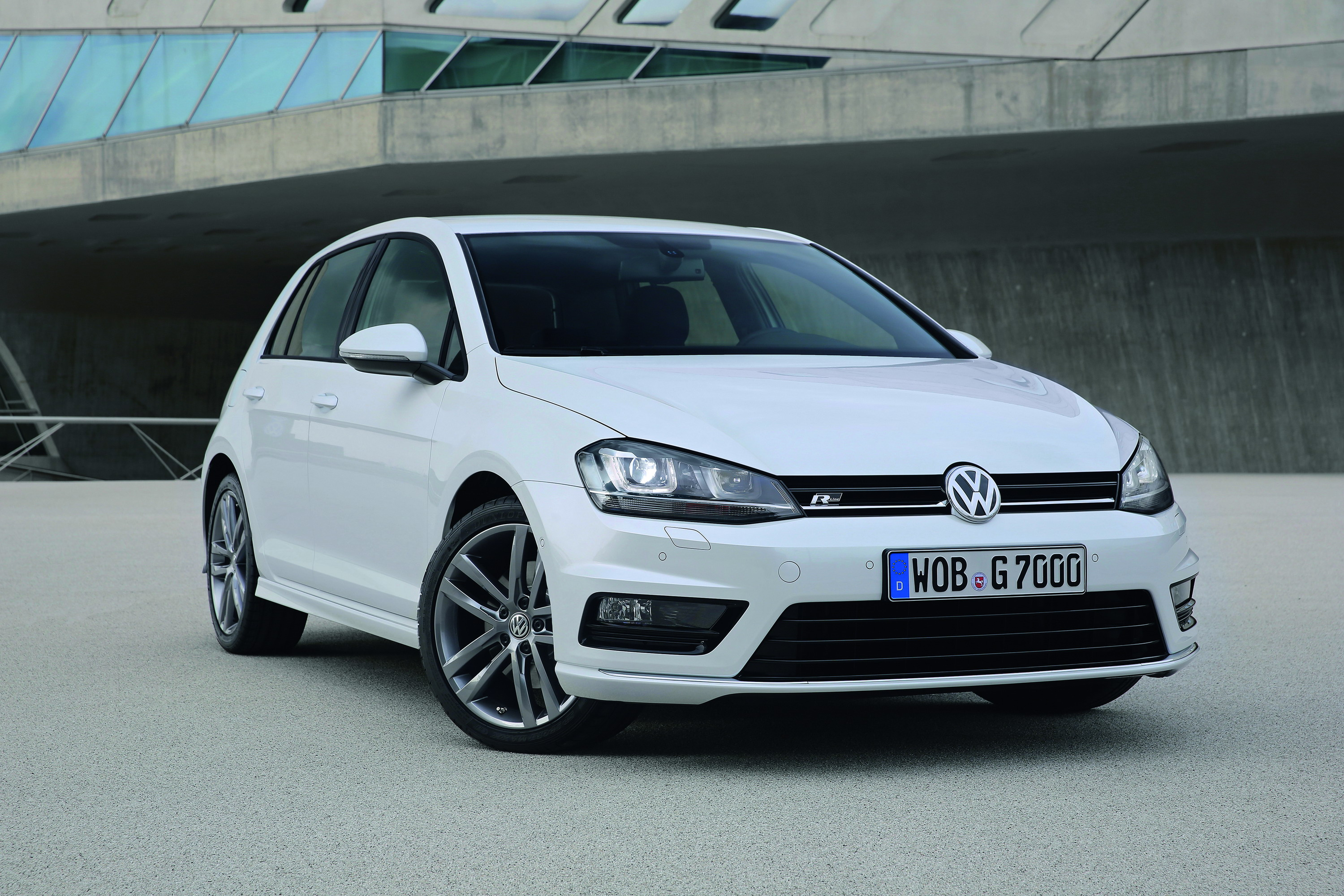 Interieur Golf 1 Sportline 2013 Volkswagen Golf R-line | Top Speed