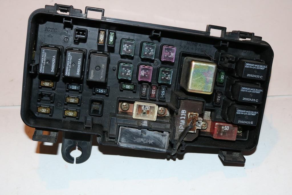 03-05 Honda Pilot EX-L 35L V6 MPI Relay Fuse Box Block Panel