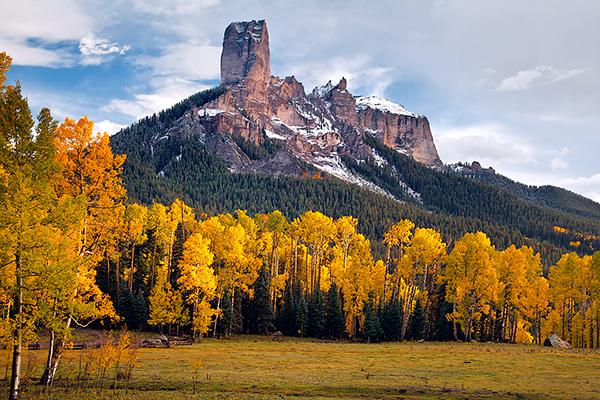 Fall Owl Wallpaper Colorado S Chimney Peak Appeared In First True Grit