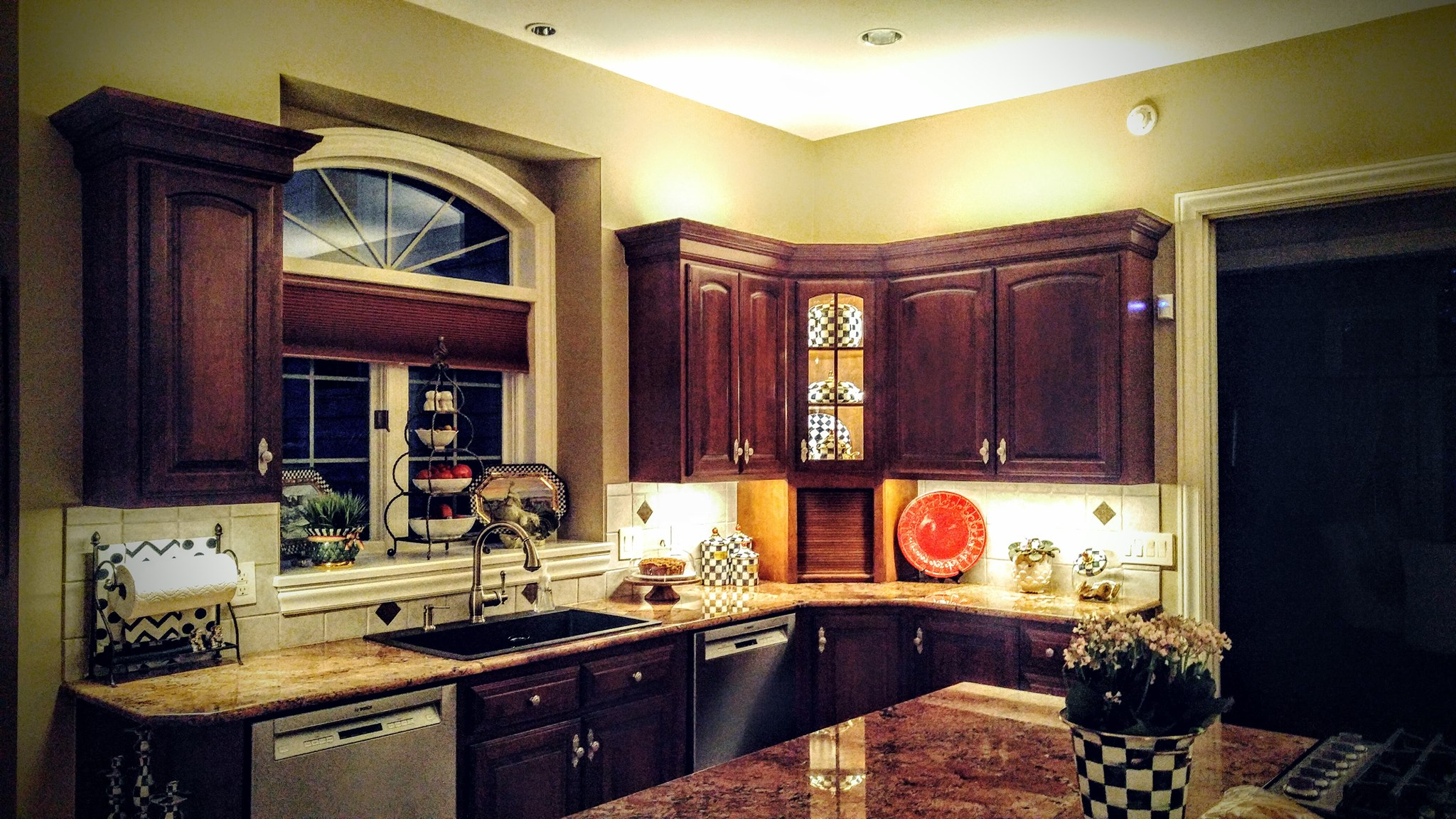 Under Cabinet Lighting In Kitchen Kitchen Up Lighting And Under Cabinet Lighting Pilosi Electric
