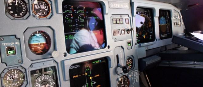 D-AIPW Cockpit Airbus A320-200