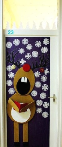 50 Christmas Reindeer Decorations to Make  I love Pink