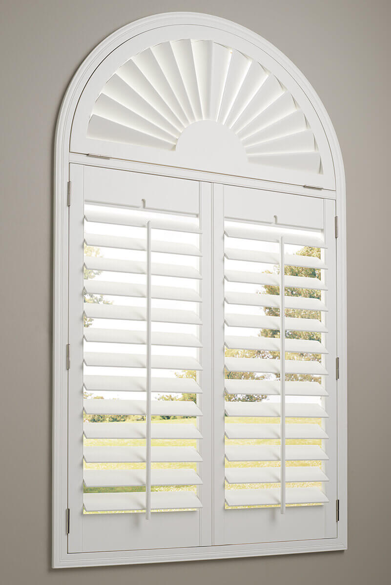 Blinds Spotlight Product Spotlight Hunter Douglas Heritance Shutters Pioneer