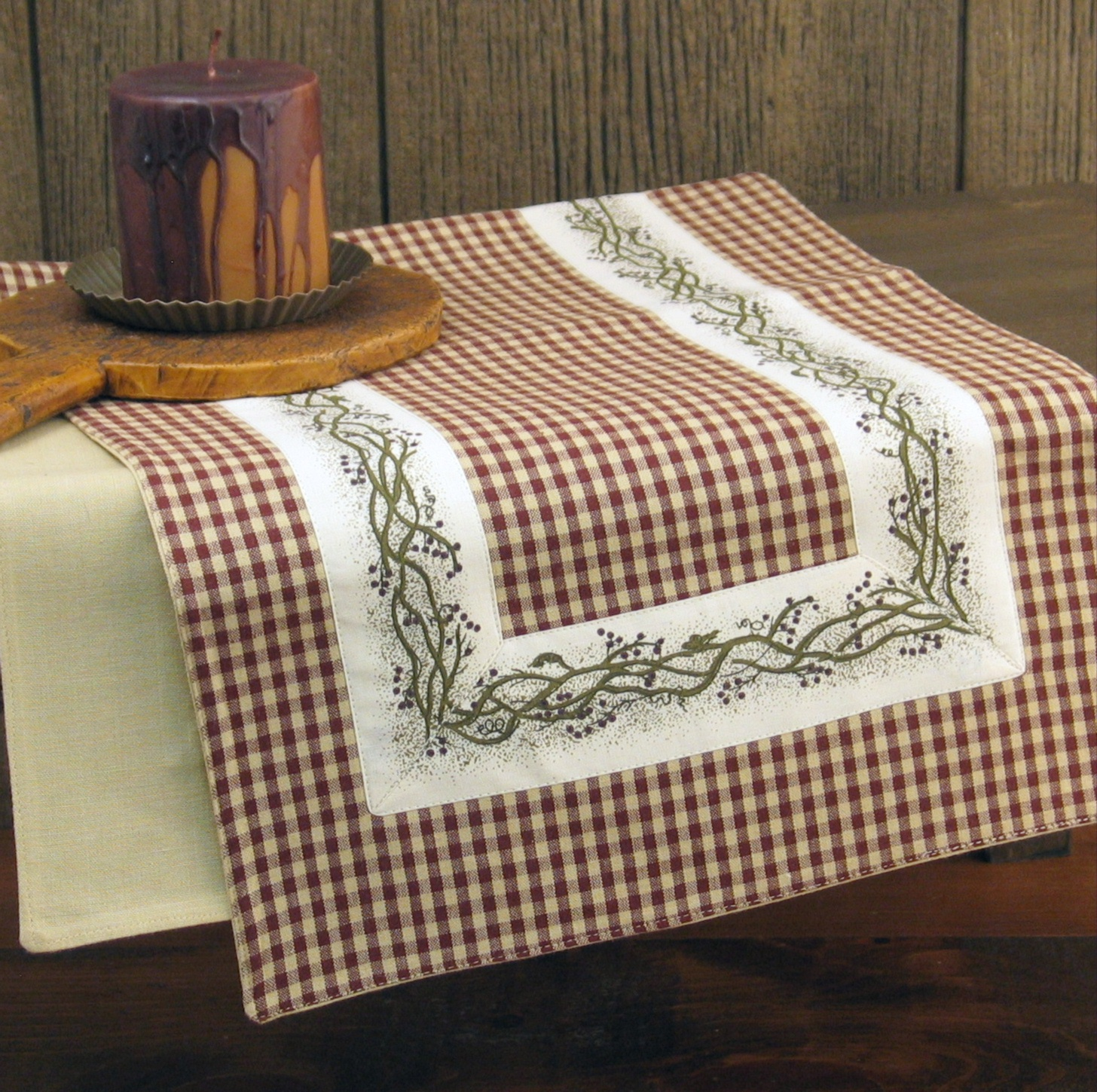 Farmhouse Style Table Runners Country Kitchen Accessories Berry Vine Table Runner 36 Quot