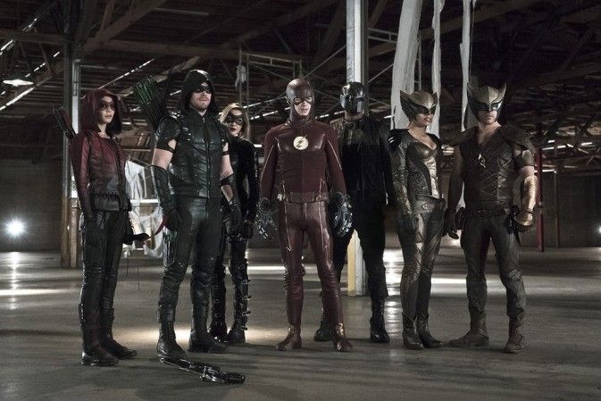 Série Arrow registra maior audiência do ano no crossover com The Flash