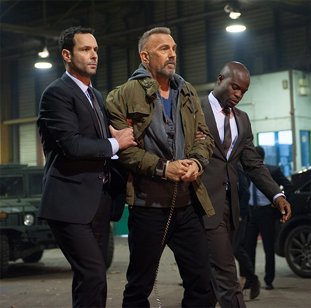 Mente Criminosa: Kevin Costner incorpora Ryan Reynolds em novo trailer