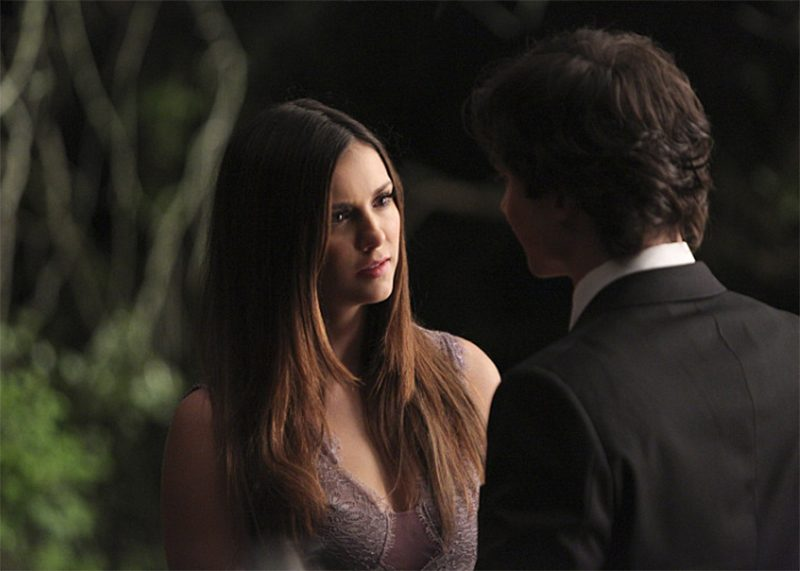Elena encontra Damon em novo teaser do final de The Vampire Diaries