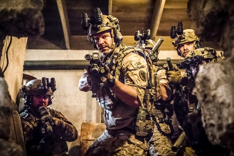 David Boreanaz lidera tropa militar de elite no trailer de cinco minutos da série SEAL Team