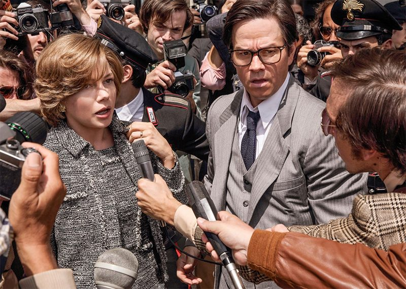 Novo filme de Ridley Scott ganha primeira foto com Michelle Williams e Mark Wahlberg