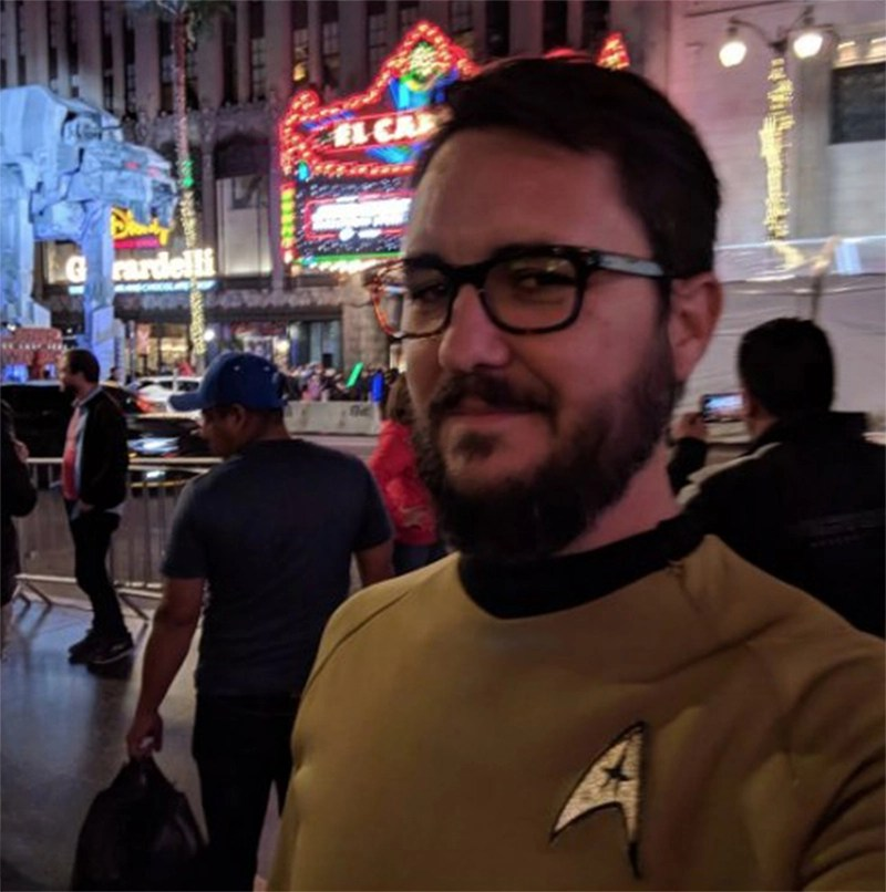 Wil Wheaton revive cena de Big Bang Theory e vai ver Star Wars com uniforme de Star Trek