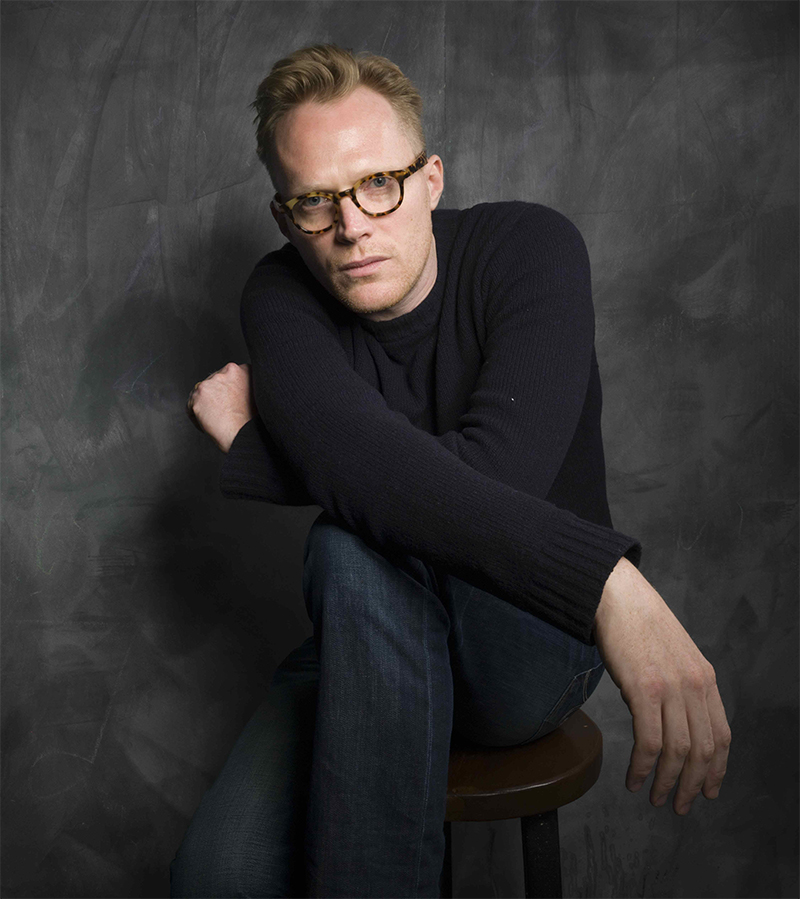 Paul Bettany negocia substituir Matt Smith na 3ª temporada de The Crown