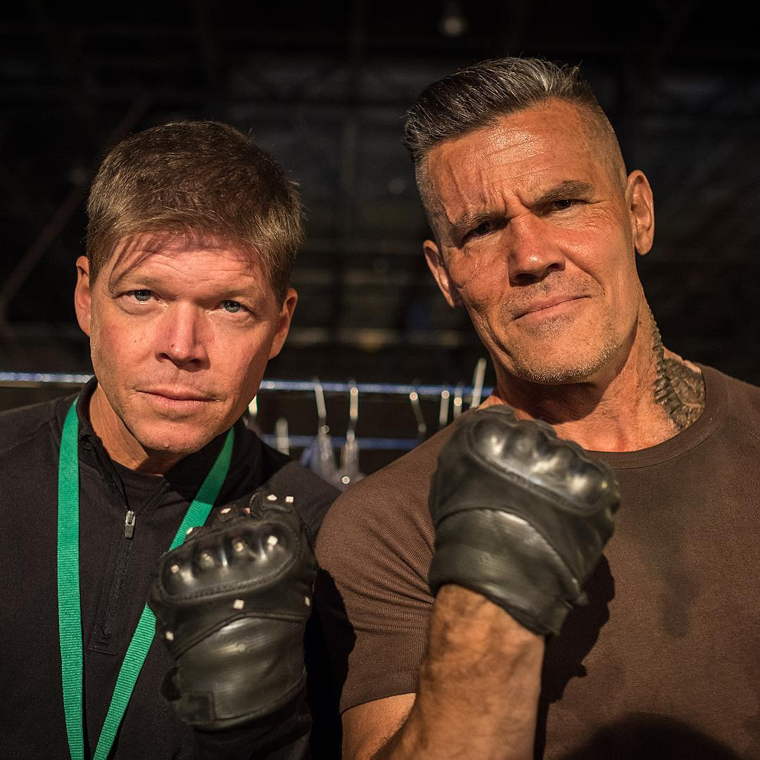 Criador de Cable posta foto com Josh Brolin no set de Deadpool 2