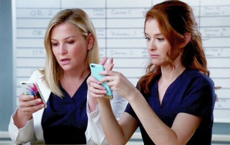 Intérpretes de Arizona e April assumem surpresa e tristeza por demissões de Grey's Anatomy