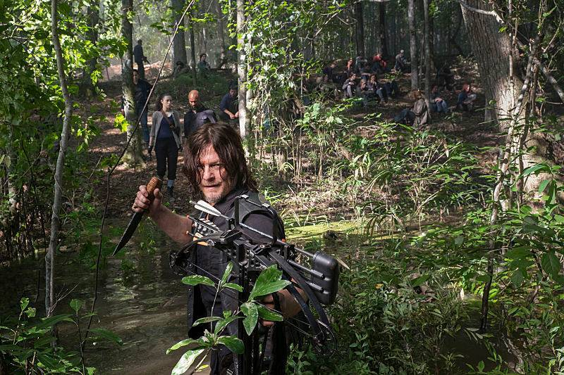 Daryl assume o comando em seis vídeos e 22 fotos do próximo episódio de The Walking Dead