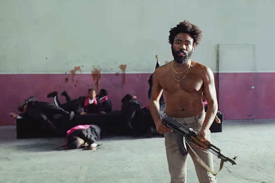 Donald Glover retoma carreira musical de forma impactante, com clipe mais comentado do ano