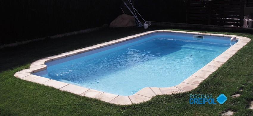 Piscina fibra piscina prefabricada de poli ster florencia for Piscina prefabricada