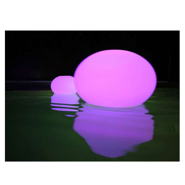 Lampe Led Piscine Le Must Have De L été 2013 Pour Une - Lampe Led Piscine