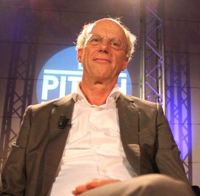 Peter van Tilburg namens de retailbranche