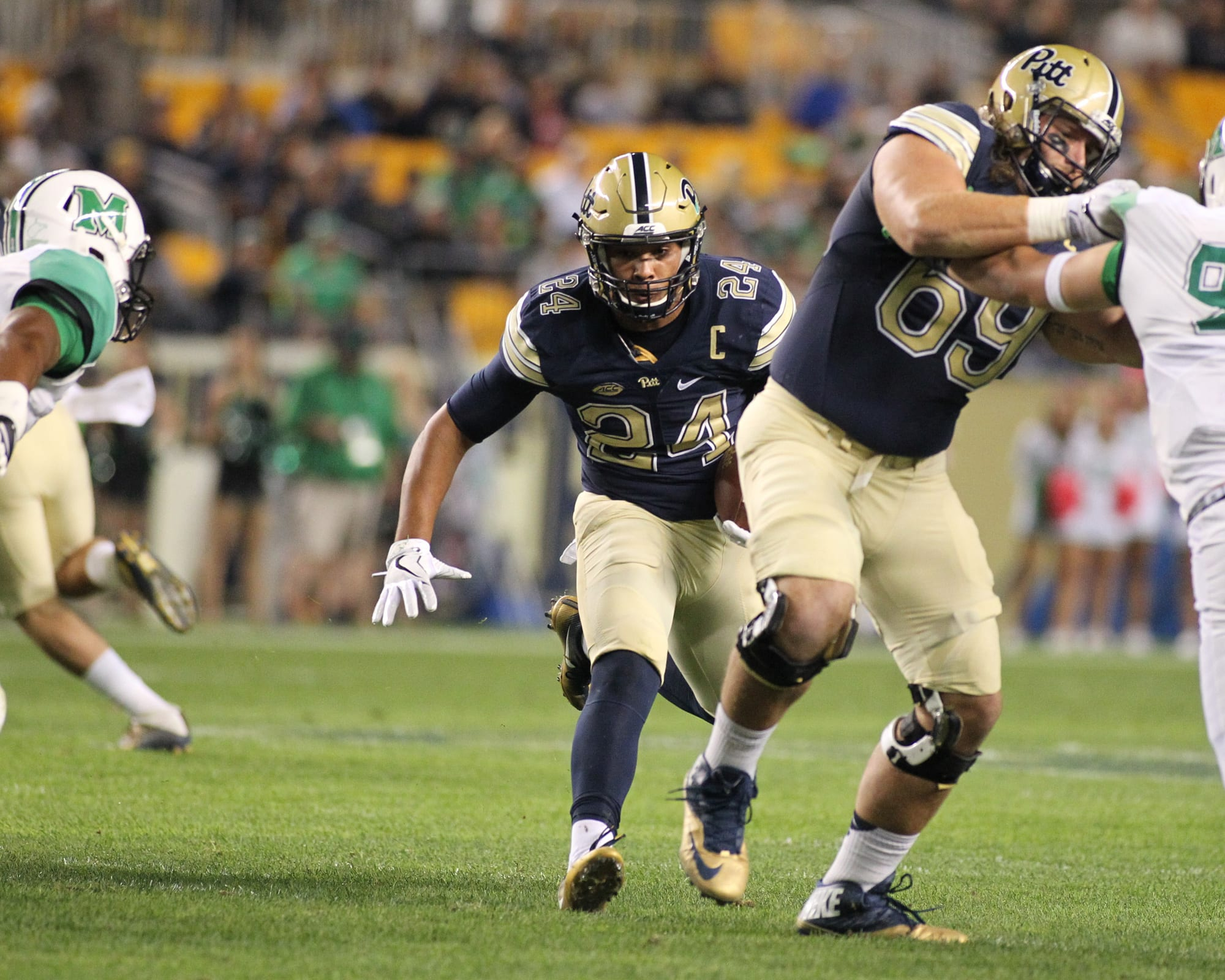 Defense wakes after half, leading Pitt past Virginia, 45-31
