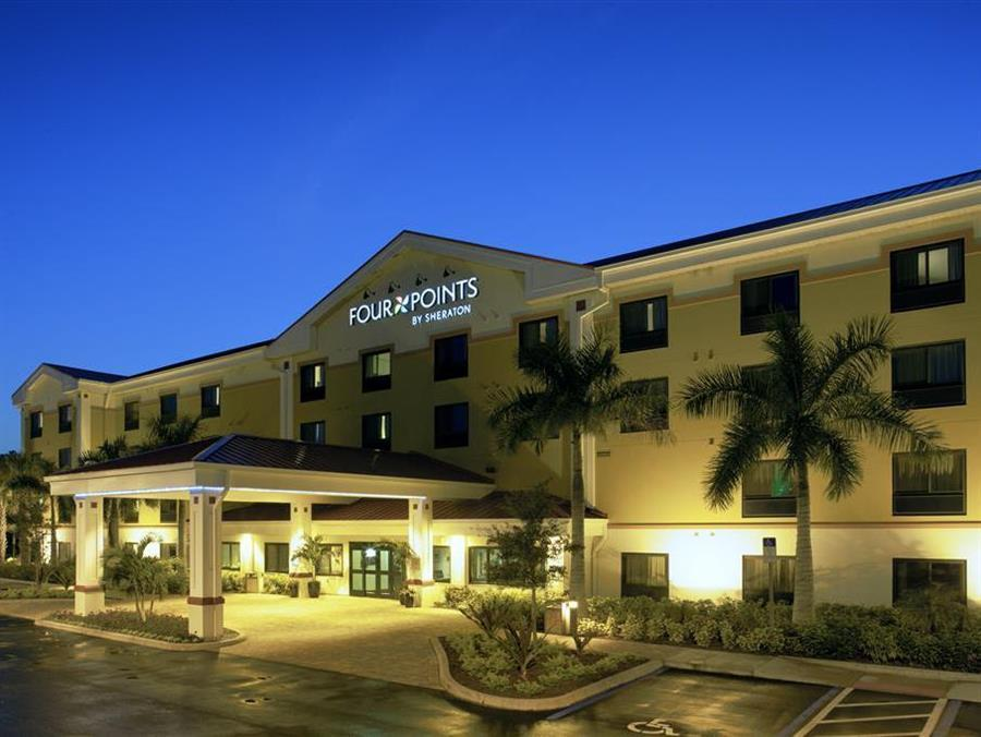 Four Points by Sheraton Fort Myers Airport Photo Exterior