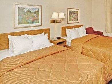 2 Double Beds, No Smoking Ramada Coeur D'Alene