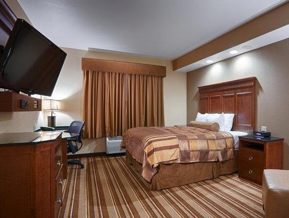 Roll In Shower Suite-1 King Bed Best Western Premier KC Speedway Inn and Suites