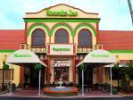 Roomba Inn & Suites Orlando Florida