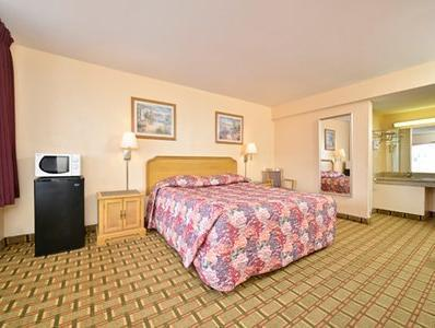 1 King Bed, Smoking Bayview Inn and Suites Atlantic City