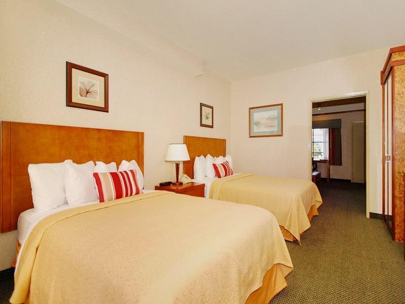 2 Double Beds, Suite, No Smoking CW Suites John Wayne Airport