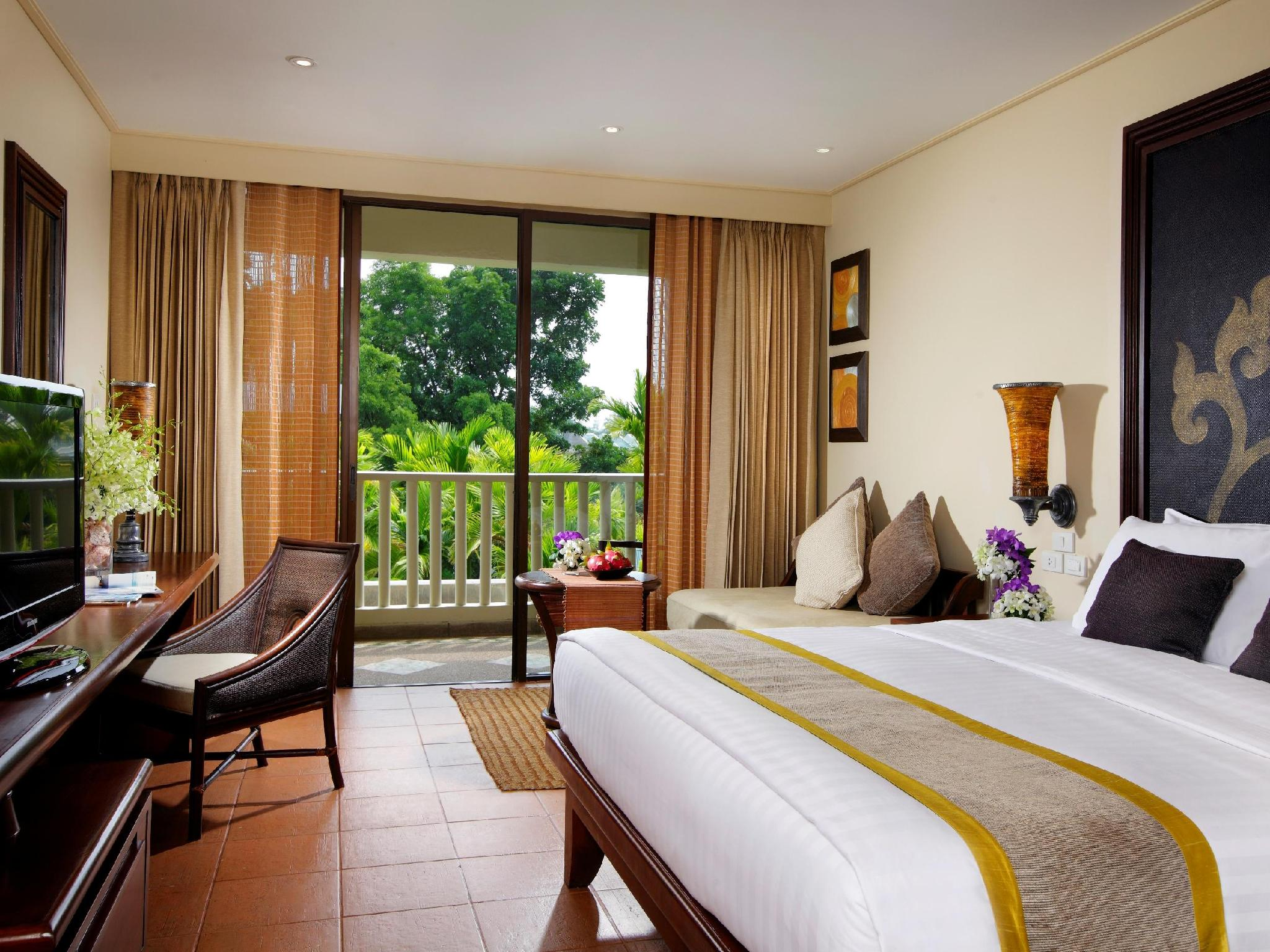 Netto Online Bett Mövenpick Resort Spa Karon Beach Phuket Movenpick Resort