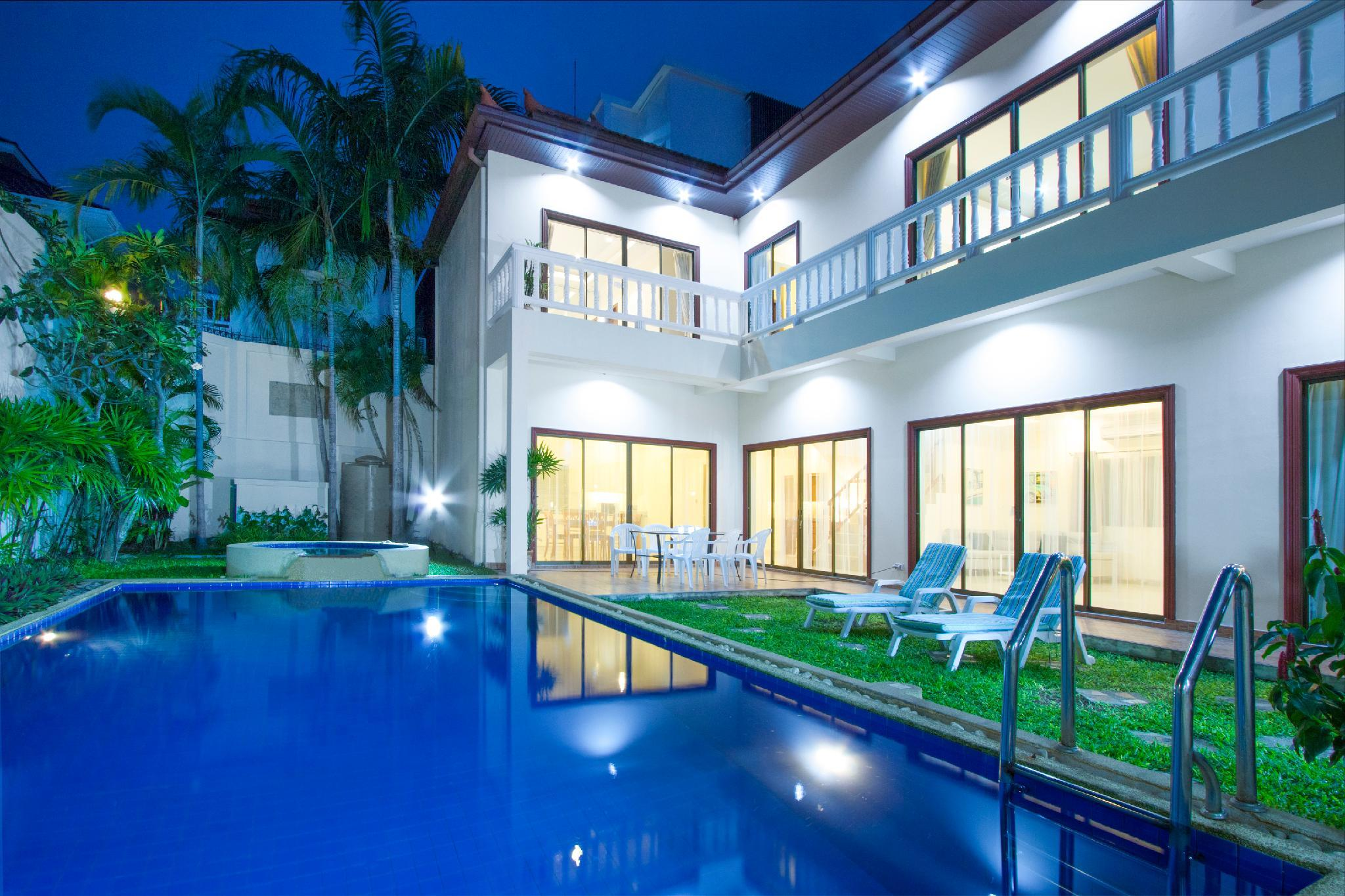 Jacuzzi Pool Deluxe Avoca Pool Villas Room Deals Reviews Photos Pattaya Thailand