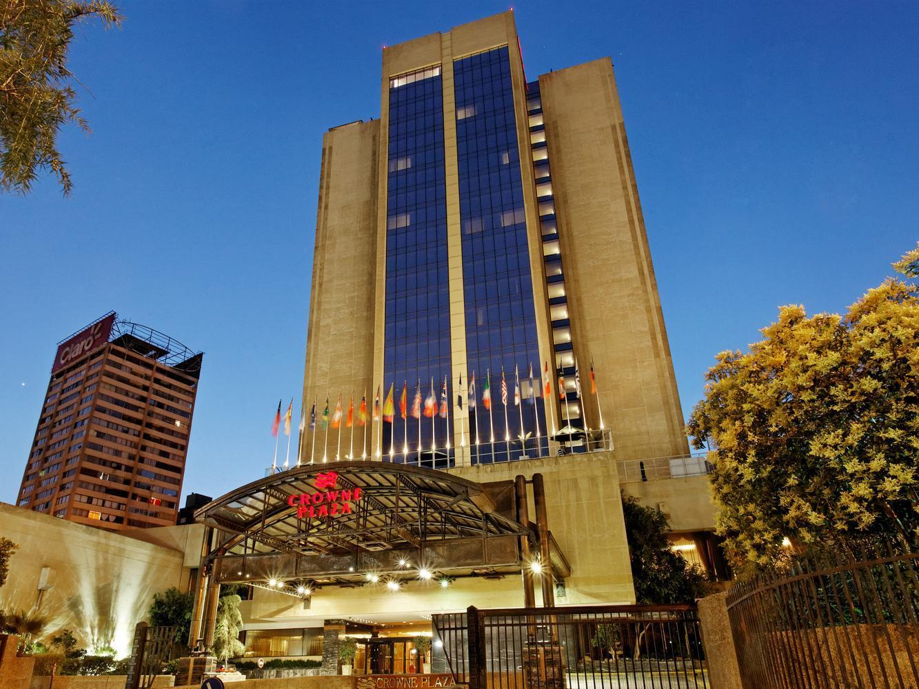 Salon Teatro Santiago Crowne Plaza Santiago Chile Photos Room Rates Promotions