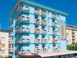 Hotel Gardenia Lido Di Jesolo Italy Photos Room Rates Promotions