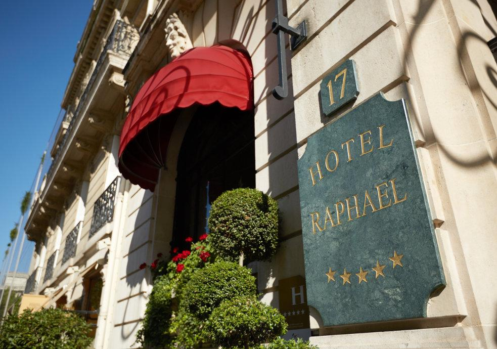 Toit Terrasse Hotel Raphael Hotel Raphael In Paris Room Deals Photos Reviews