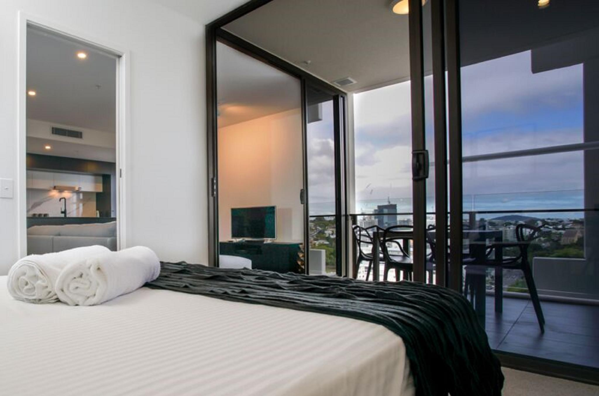1 Bedroom Apartment Brisbane Opera Apartments South Brisbane Room Deals Reviews Photos