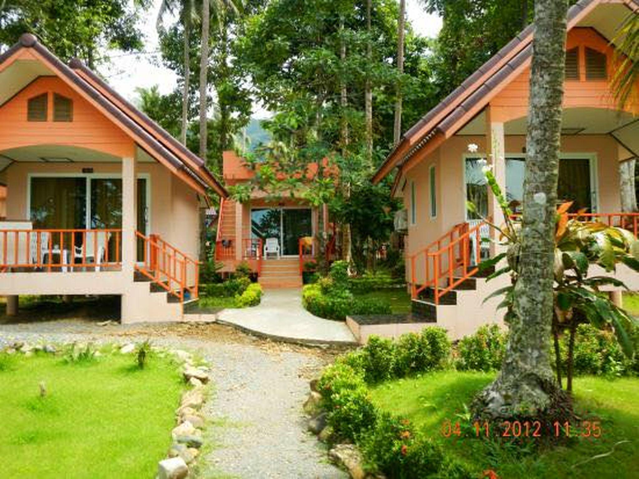 Bed And Breakfast Leigh On Sea Sea Flower Resort In Koh Chang Room Deals Photos Reviews