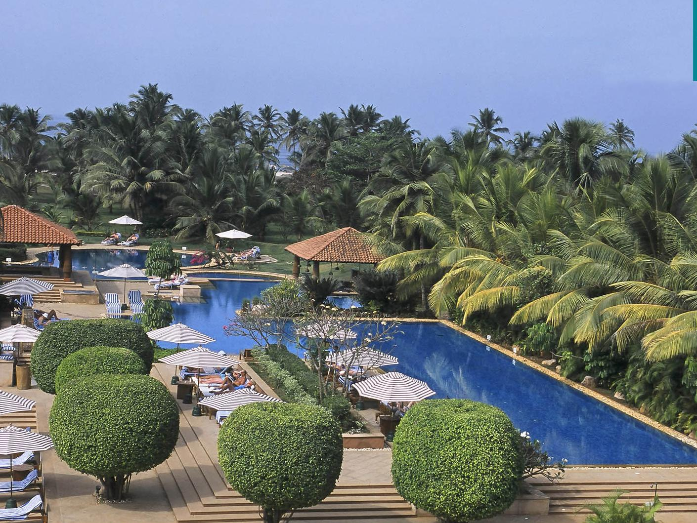 Jacuzzi Pool India The Kenilworth Resort Spa Goa India Photos Room Rates