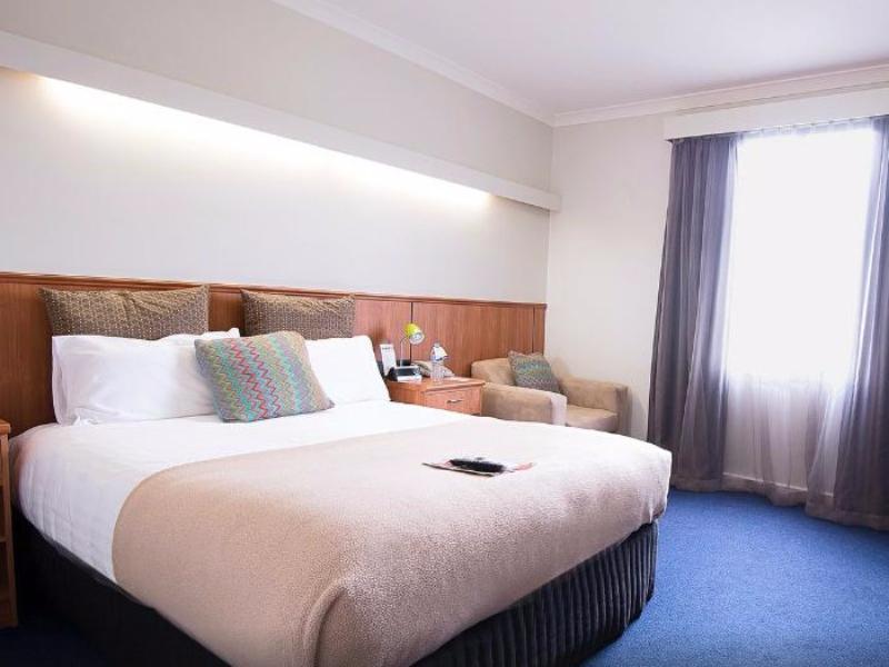Comfort Hotel Perth City In Australia Room Deals Photos